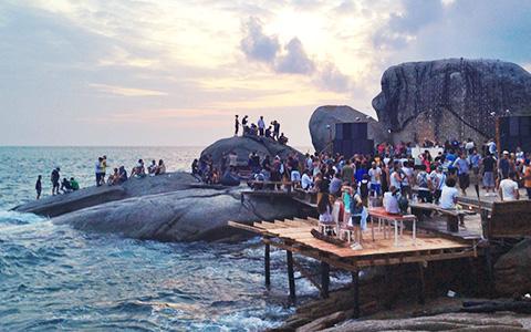 «Я как на «Крыше мира», только в Таиланде»: как на Пангане устраивают рейвы