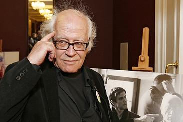 Режиссер Йос Стеллинг о российской визуальной культуре, Пушкине, будущем кино и поезде прогресса, который едет в никуда