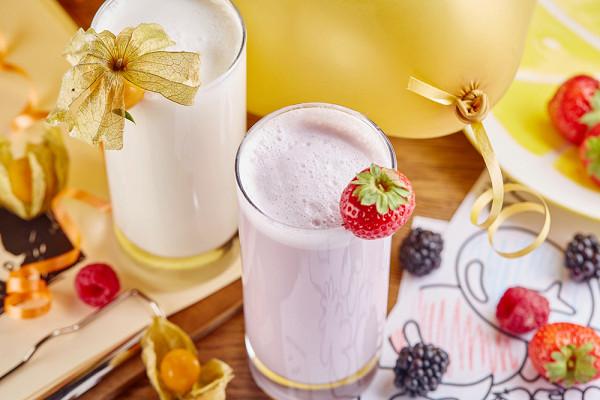клубничный или ванильный молочный коктейль (250 р.)