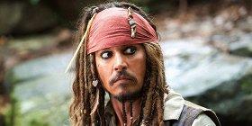 Netflix удалил фильмы с Джонни Деппом из библиотеки сервиса в США