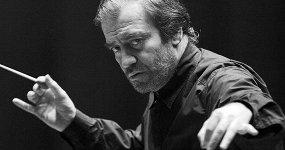 Хор и симфонический оркестр Мариинского театра. Дирижер Валерий Гергиев