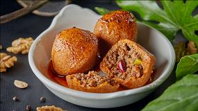 Веранда скоктейлями накранах MTerrace ивеганская еда в«Доме культур»