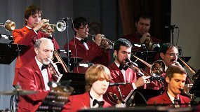 «Jazz in Club»: Анатолий Кирничный