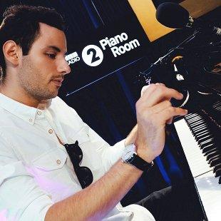 Петер Бенце (фортепиано)