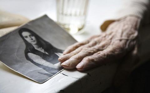 «Старость — это социальная смерть»: что происходит с пожилыми людьми в России