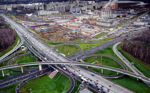 Новые эстакады на МКАД, Путин принял отставку Собянина, парковка наличными и другие городские новости