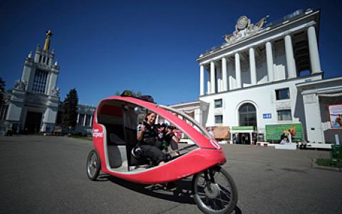 Сеть велотакси, жилье на «Красном Октябре», еще один фестиваль уличного искусства и другие городские новости