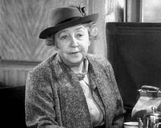 Дейм Мей Уитти (Dame May Whitty)