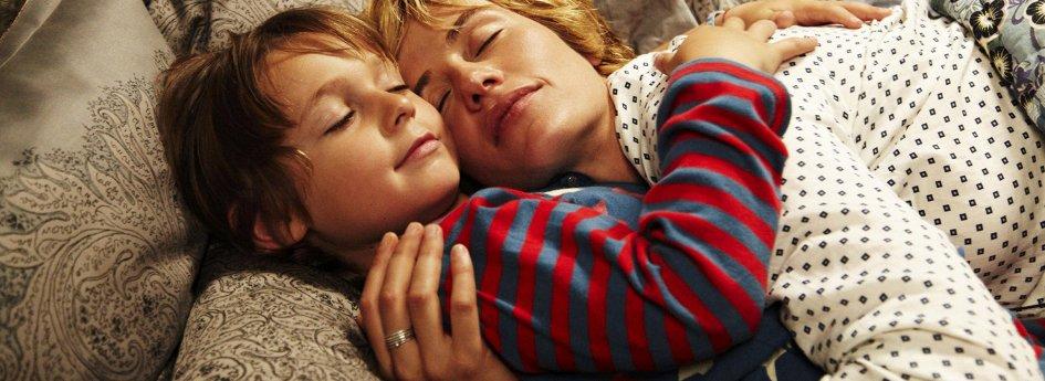 Кино: «Неслышное касание»