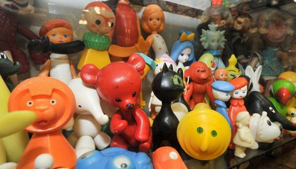 Выставки: Друзья из Советского Союза