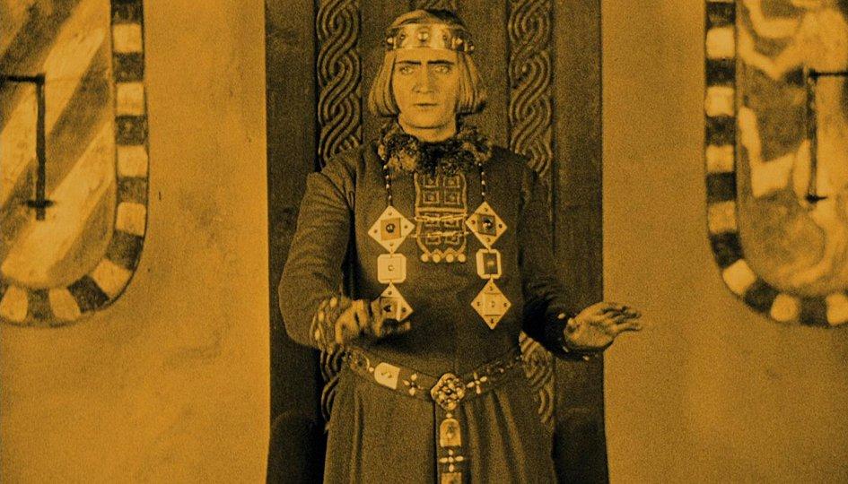 Кино: «Нибелунги: Зигфрид»