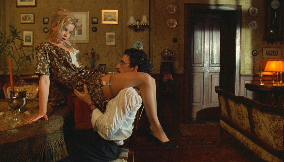 Кино: «Андеграунд»