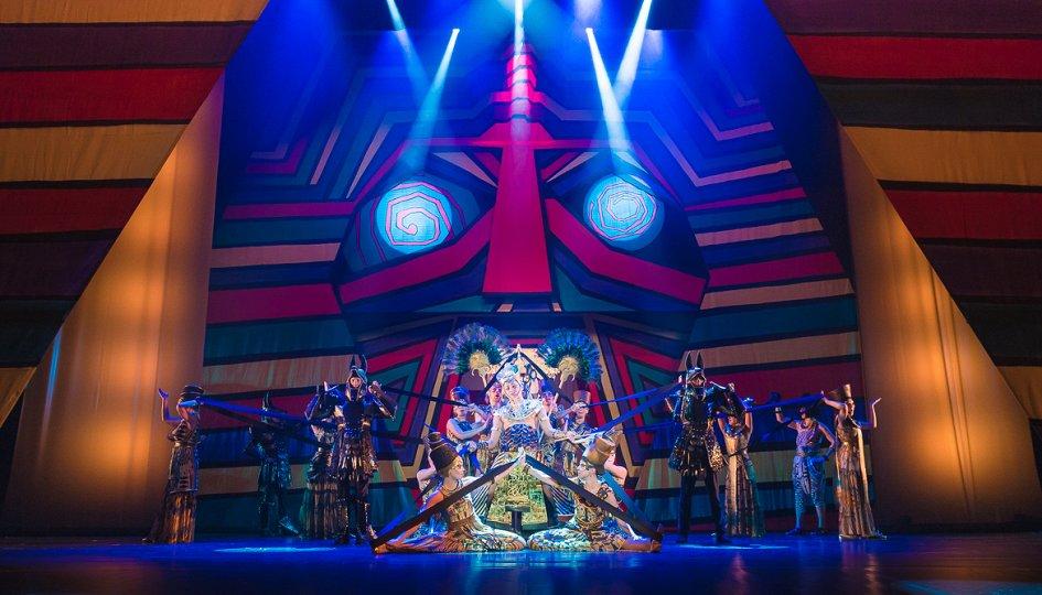 Театр: Иосиф и его удивительный плащ снов