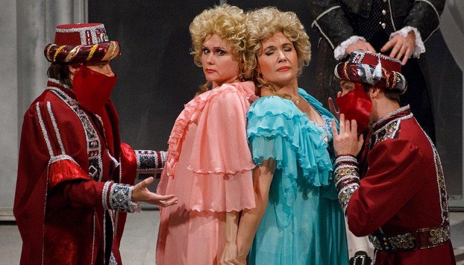 Театр: Così fan tutte (Так поступают все женщины), Волгоград