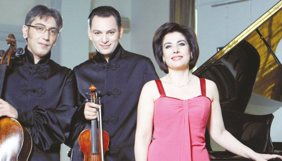 Концерты: Трио имени Хачатуряна