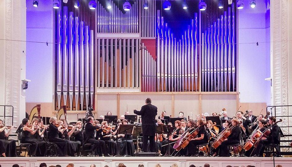 Концерты: Альбина Шайхиева (сопрано), Екатерина Сергеева (меццо-сопрано), Егор Семенков (тенор), Гарри Агаджанян (бас), Владимир Ванеев (бас)