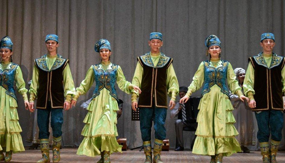 Концерты: Государственный ансамбль фольклорной музыки РТ