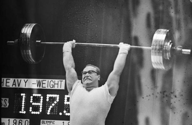Умер олимпийский чемпион Юрий Власов