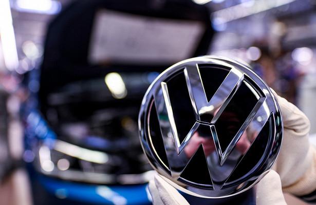 Обновленный Volkswagen Polo заметили вовремя тестов
