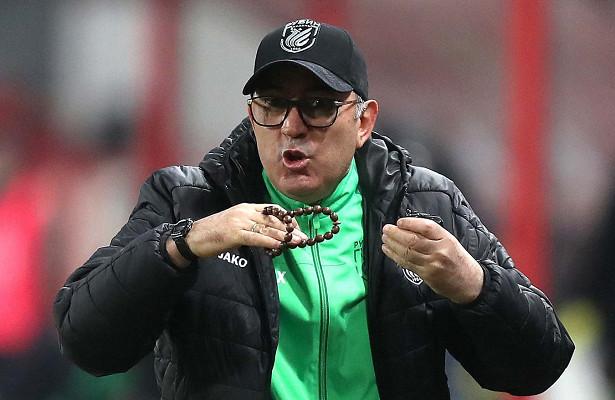 Гдесейчас бывший главный тренер «Рубина» Курбан Бердыев?