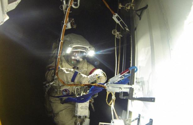 Военные из-заморозов сократят пребывание космонавтов навоздухе после возвращения сМКС
