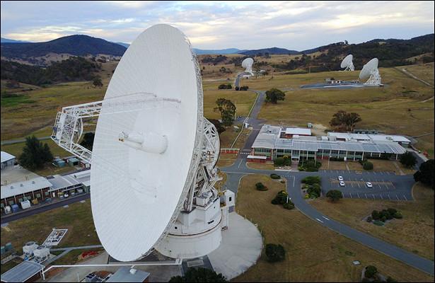НАСА связалось спокинувшим Солнечную систему Voyager 2