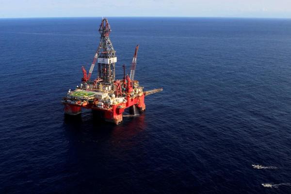 Добыча нефти вМексиканском заливе частично прекращена