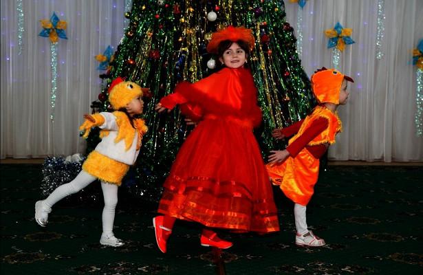 Более 1000 фотографий прислали жители Ижевска наконкурс новогодних костюмов