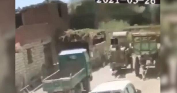 Момент столкновения двух поездов вЕгипте сняли навидео