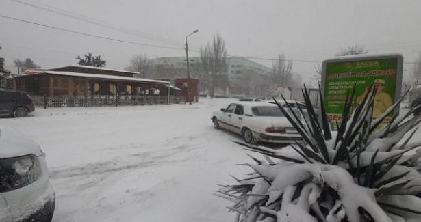 Снегопад отрезал отмира Коктебель ичетыре поселка подФеодосией