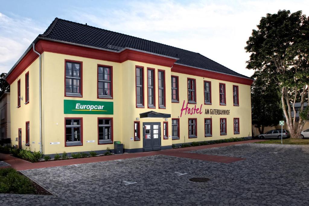 Single frauen in neubrandenburg