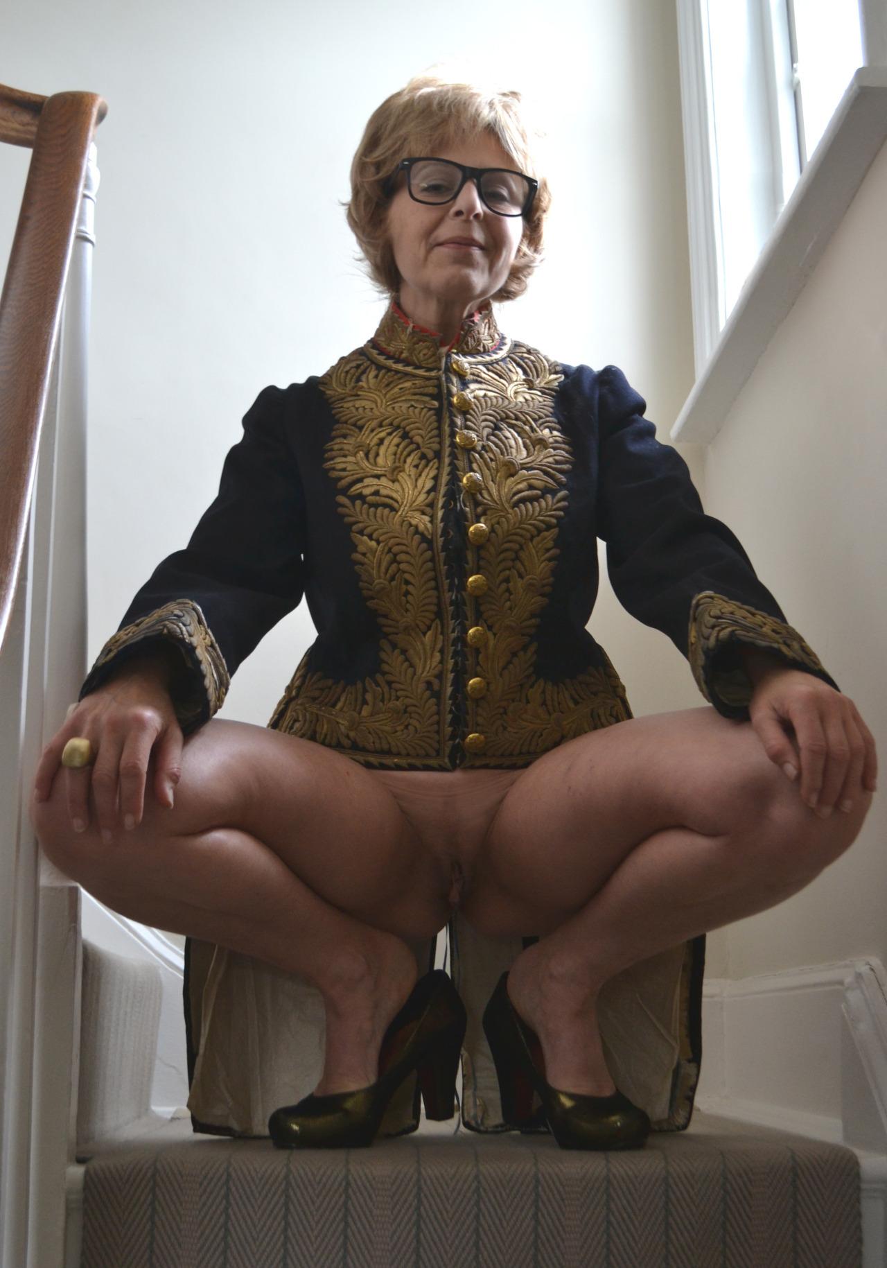 мини порно старушки на телефон