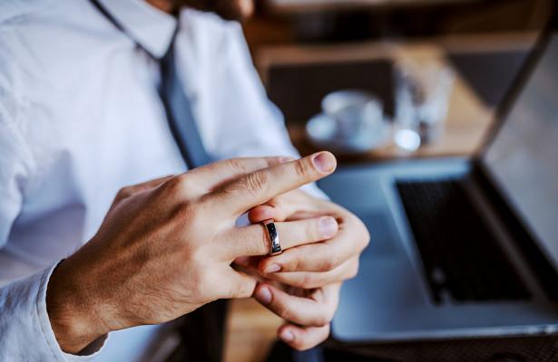 Почему насамом деле нельзя снимать обручальное кольцо