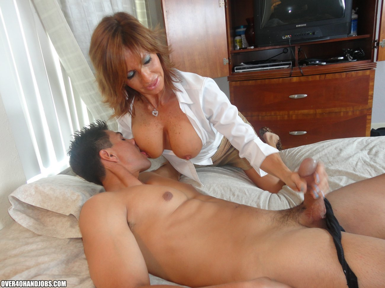 Milf mature sexy housewives beauty handjob porn clips