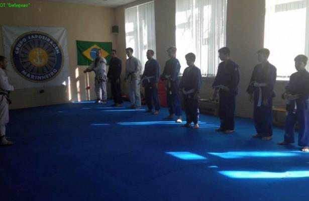 Преподаватель бразильского джиу-джитсу изБибирева получил синий пояс