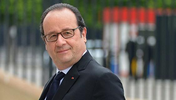 Французский премьер назвал «политическим самоубийством» откровения Олланда