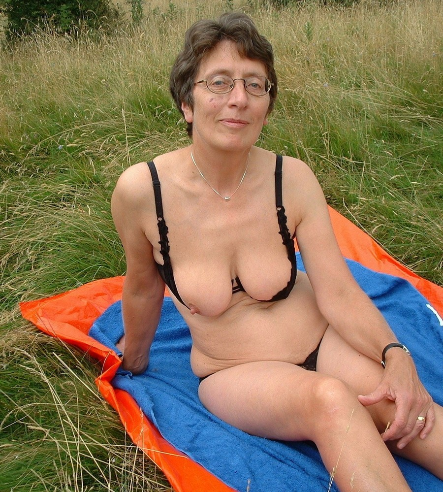 Women with naked glasses big