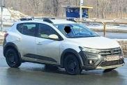 Renault приступила киспытания нового Sandero