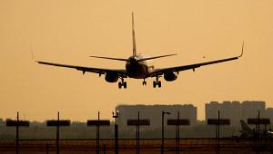 Влетевшем вМоскву самолете умер человек