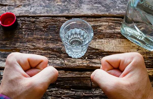 Назван источник мифа омассовом пьянстве россиян