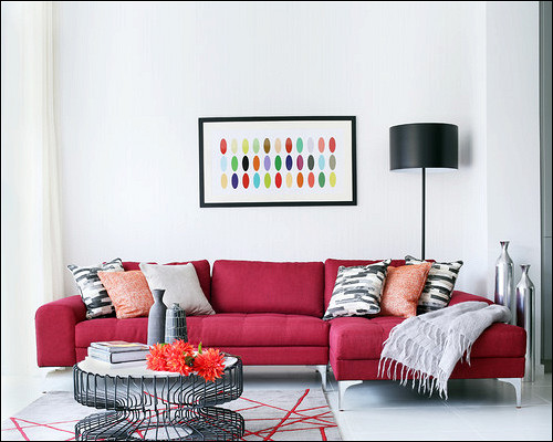 Какправильно: поставить илиразвернуть диван вкомнате