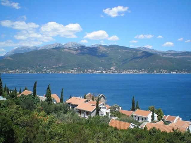 Недвижимость в черногории или в испании
