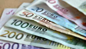 Пенсионерка завещала соседям миллионы евро