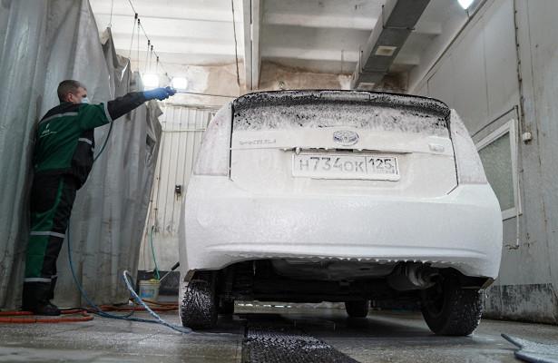 Российские водители назвали причины немыть автомобиль