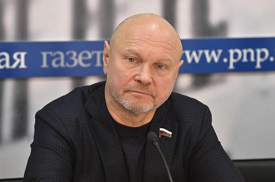 Депутат оценил предложение возмещать траты россиян затесты накоронавирус