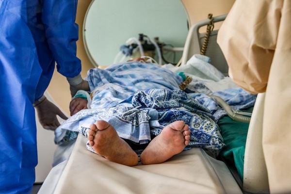 85-летнюю женщину сCOVID-19привязывали ибили вбольнице наУрале