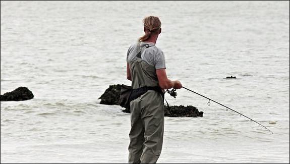 Наозере вгородском округе Луховицы спасли рыбака, который провалился подлед