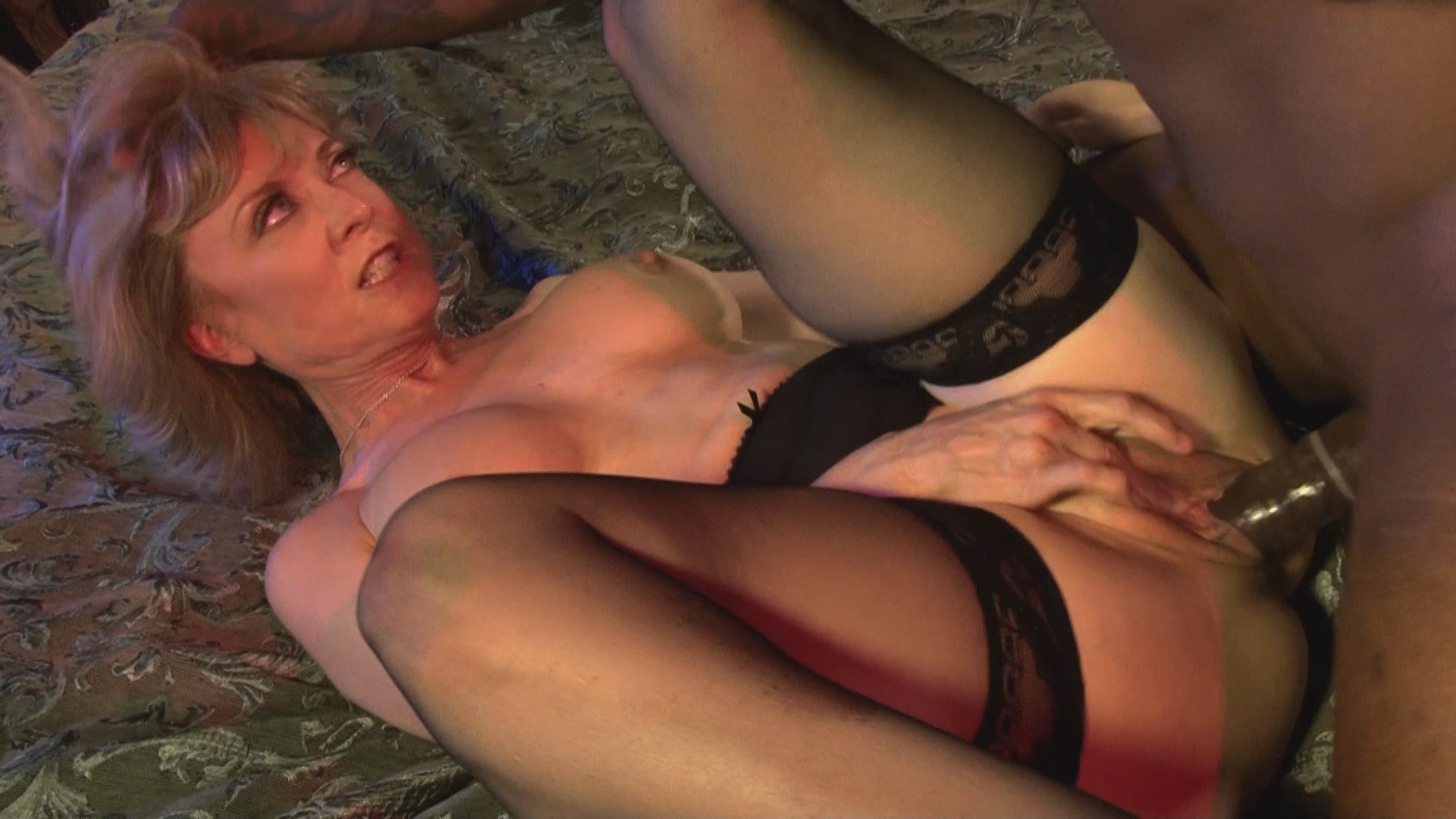 Смотреть порно анал с нина хартли онлайн бесплатно фото 646-588