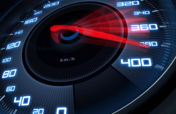 Отчего зависит максимальная скорость автомобиля?