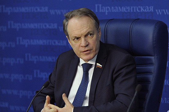 Башкин предложил законодательно приравнять треш-стримы кпропаганде самоубийства